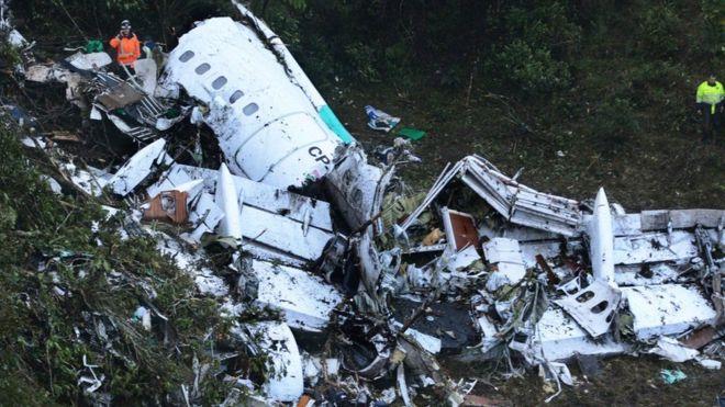 Setenta e uma pessoas morreram no desastre aéreo