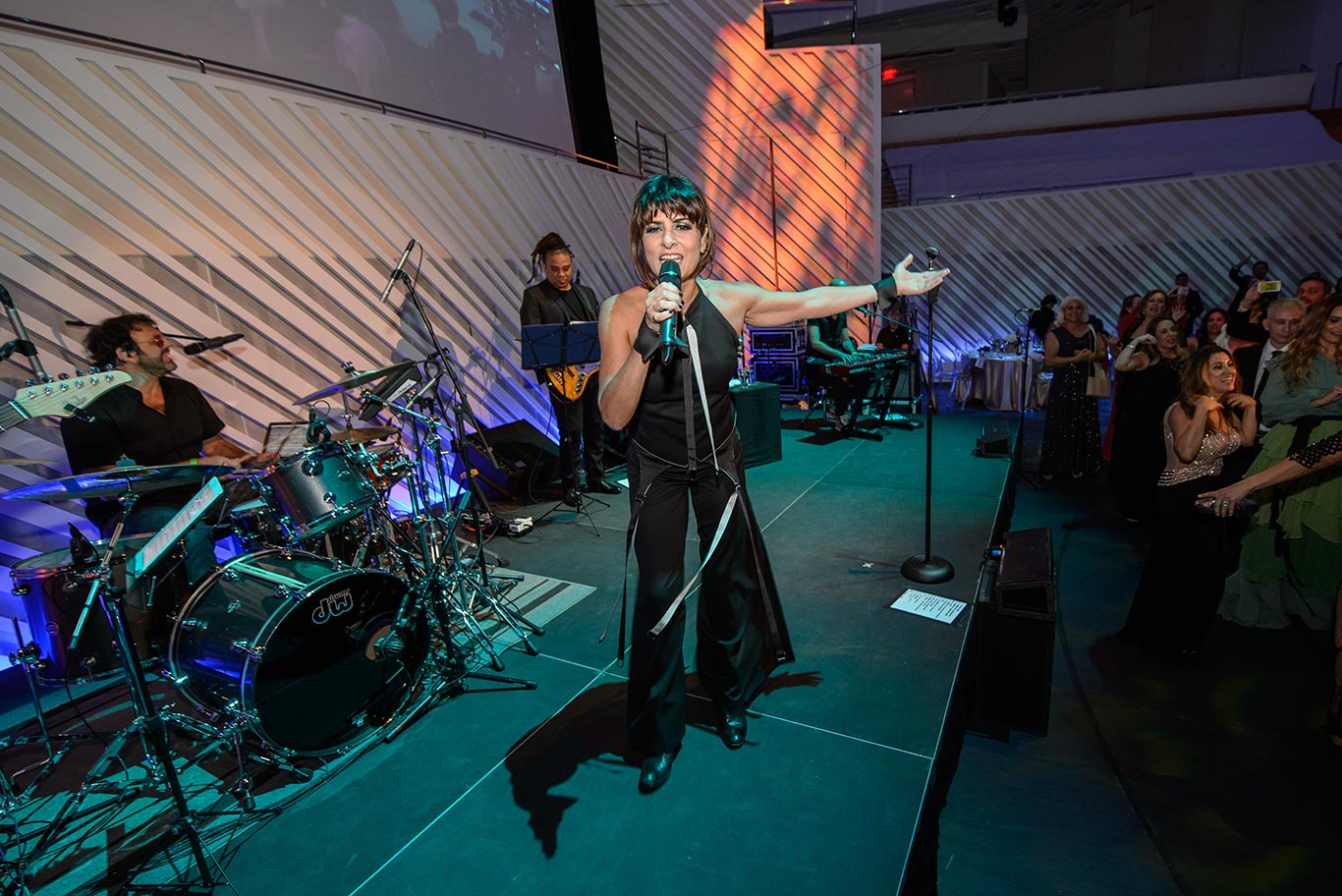 Fernanda Abreu em show no Gala