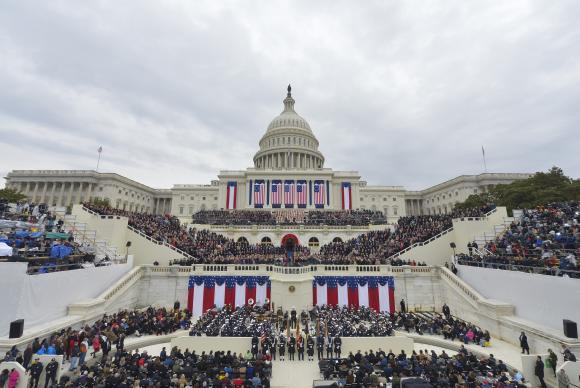 Multidão assiste a posse de Trump - Foto Mandel Ngan AFP