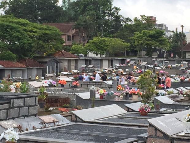 Brasileiro foi enterrado no dia 30 em Joinvile