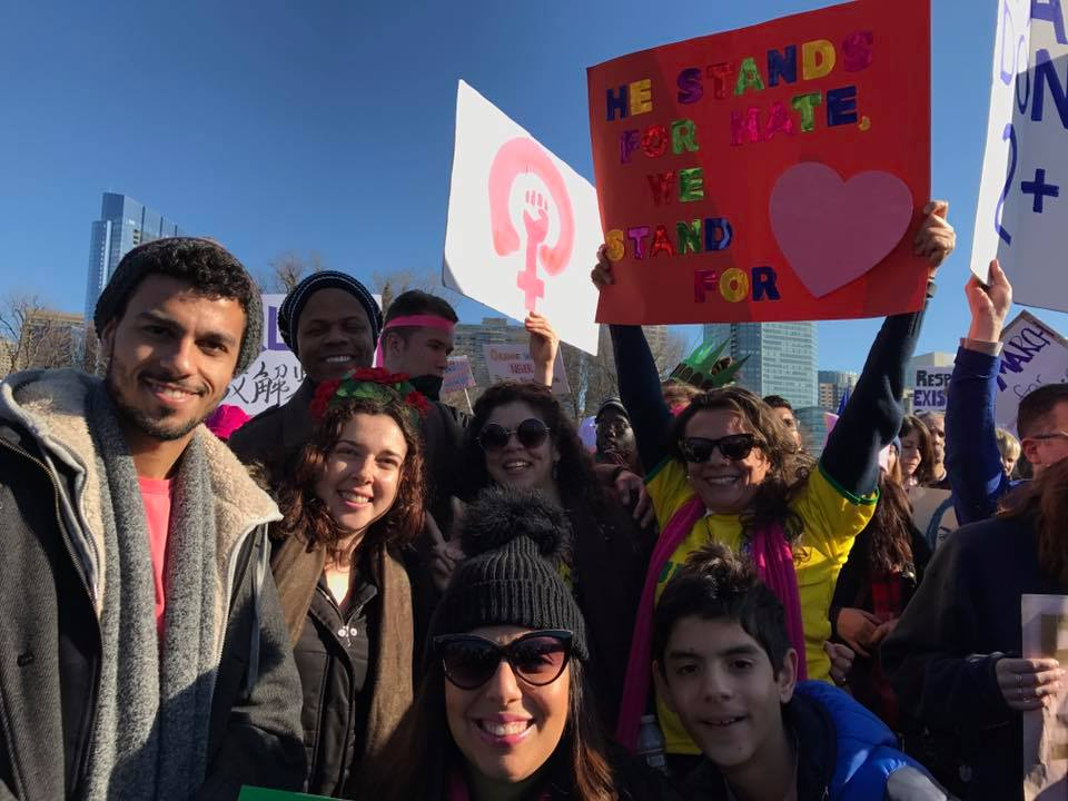 Brasileiros protestaram em Boston