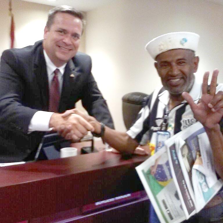 Geraldo Corredor da Paz com o prefeito de Deerfield Beach