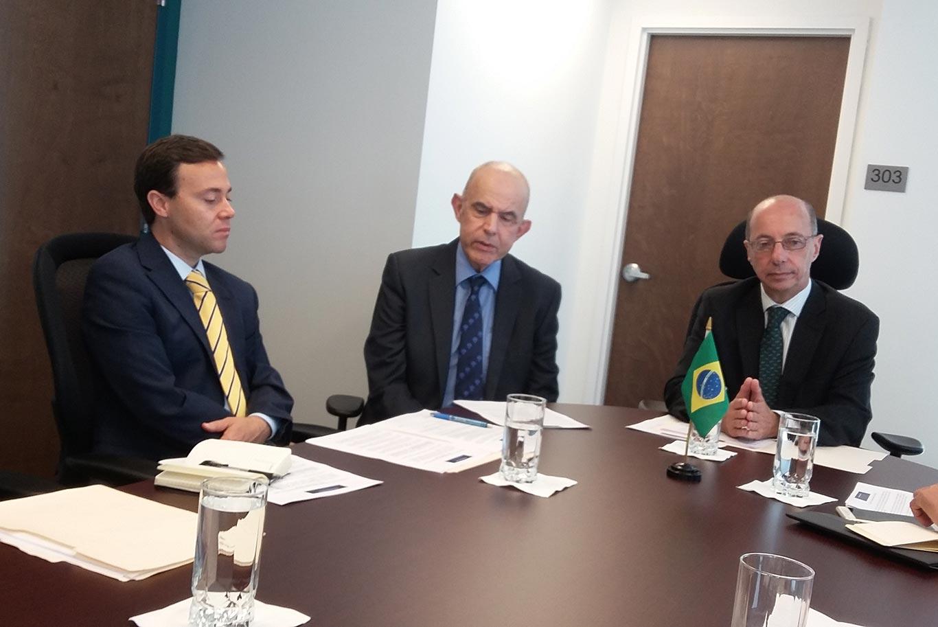 Cônsul-Geral do Brasil em Miami fez anúncios importantes para dinamizar o serviço