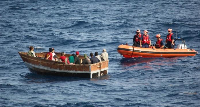 Guarda Costeira intercepta barco com cubanos na Flórida