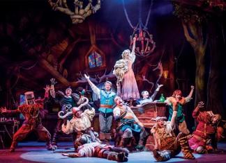 """O espetáculo """"Tangled: The Musical"""" é atração primcipal do navio Disney Magic, um dos quatro da frota"""
