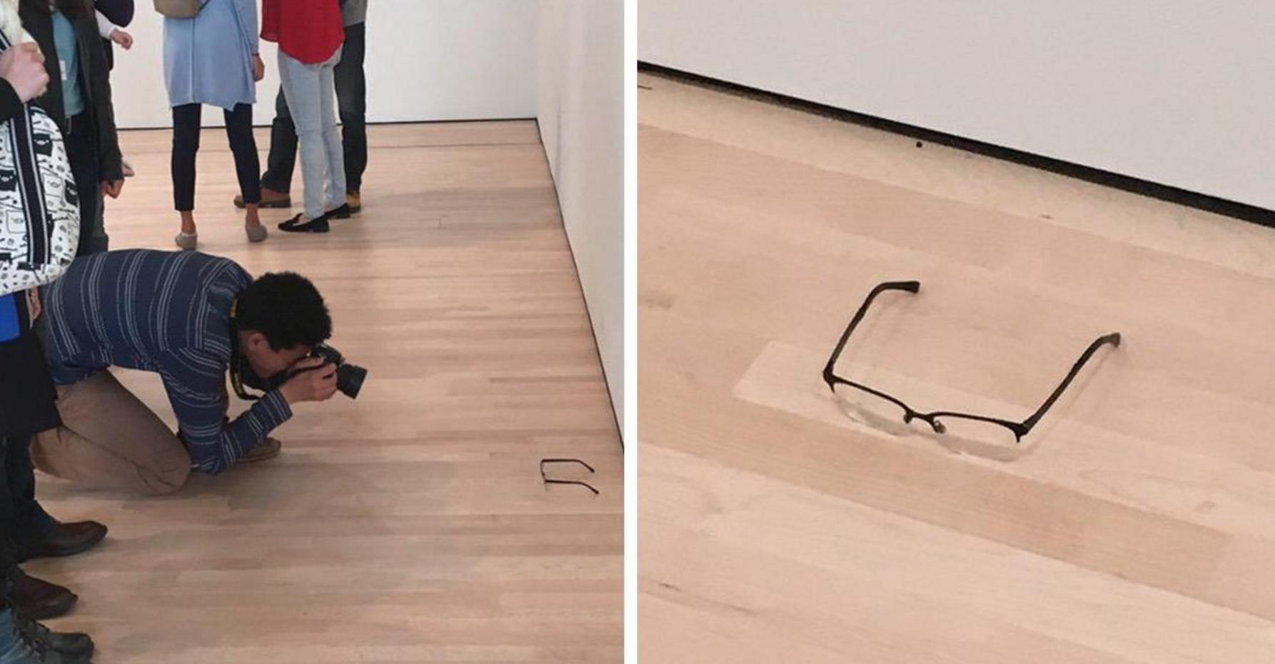 Óculos deixados em chão de museu são confundidos com arte   AcheiUSA eacda3bcde