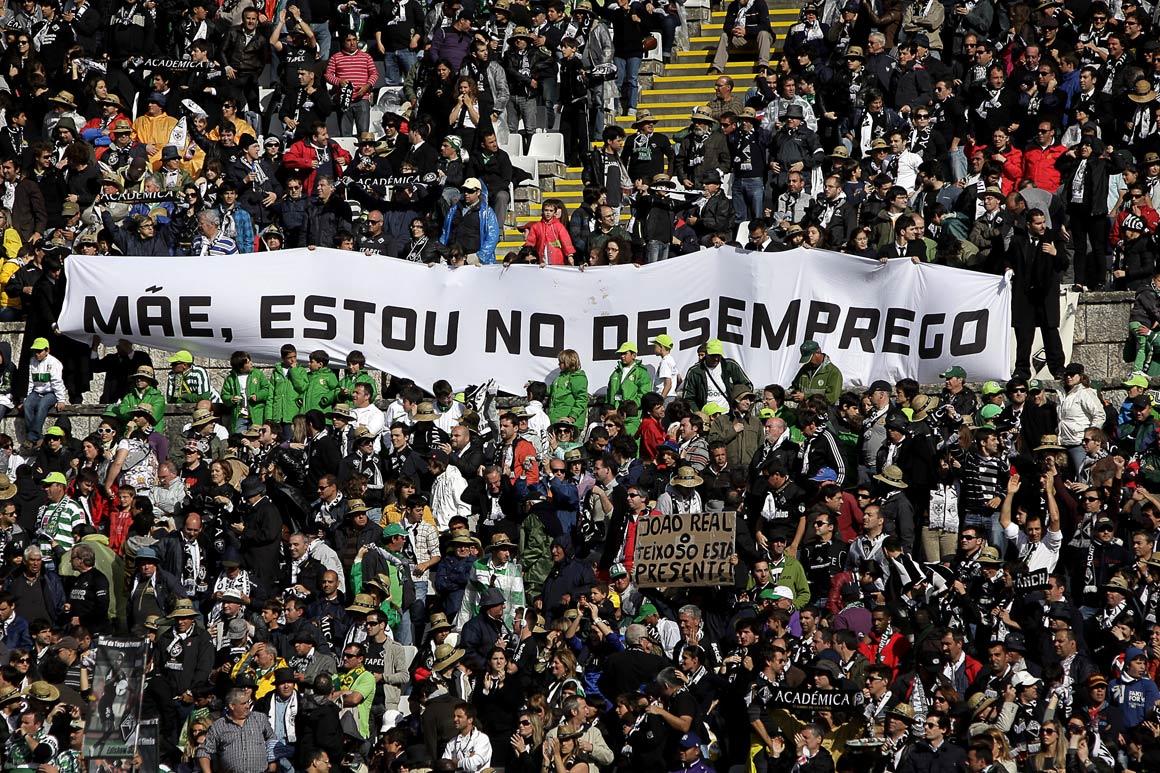 Resultado de imagem para jovens desempregados no brasil