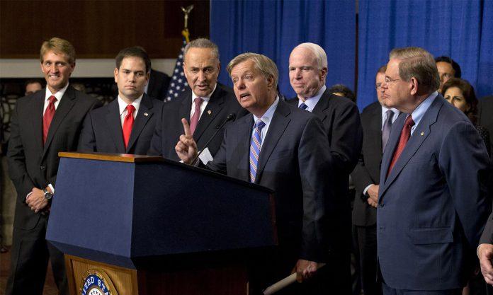 """Senador Lindsey Graham fala pelo """"Grupo dos Oito"""""""