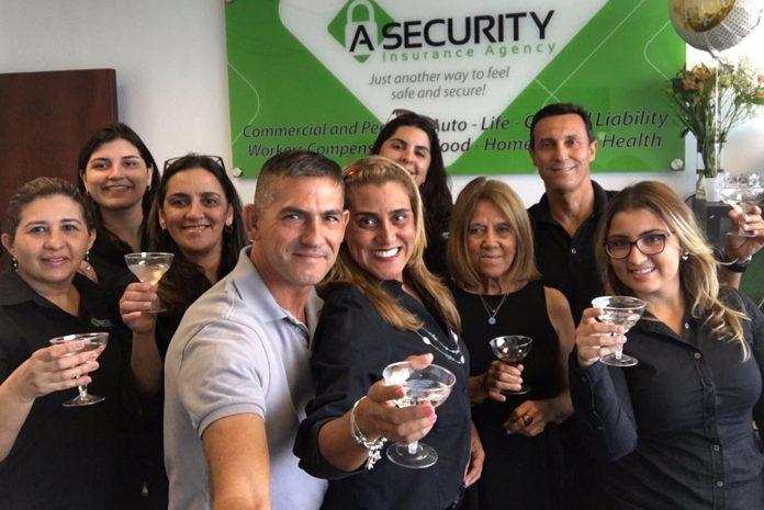 Equipe A Security Marcia e Valdo Da Silva, Marcelo Britto, Elaine Towns, Cristine Huebra, Rachel Chang e Raphaela Costa