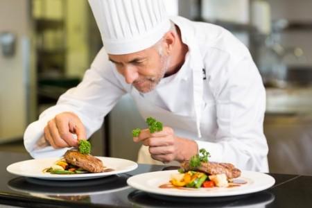 Embaixada busca chefe de cozinha brasileiro