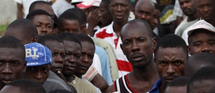 Haitianos chegam ao Brasil via Brasileia, no Acre, vindo pela Bolívia