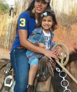 Jayne Alves e sua filha estão presas na Pensilvânia