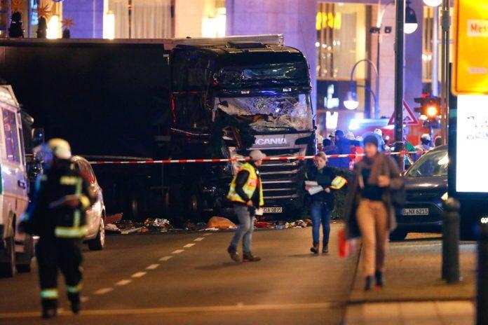 Caminhão invadiu feira e matou nove pessoas