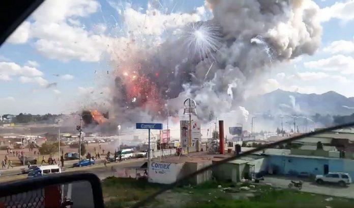 A explosão ocorreu no mercado de San Pablito, em Tultepec