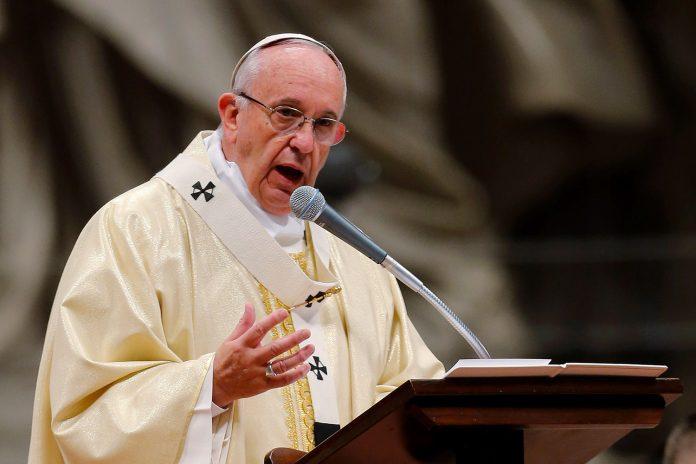 Papa Francisco exprime dor e preocupação