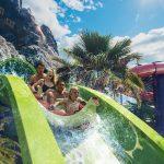 Universals Volcano Bay Krakatau Aqua-Coaster é uma das atrações