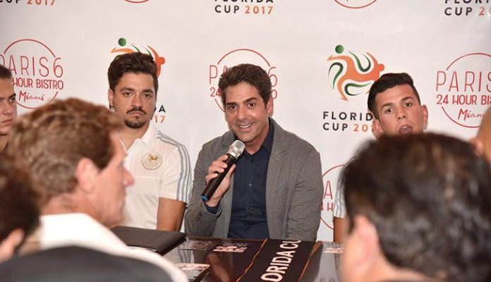 Coletiva de imprensa da Florida Cup (Foto de Bill Paparazzi/Acontece)