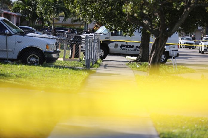 Polícia está investigando causa das mortes em Fort Lauderdale