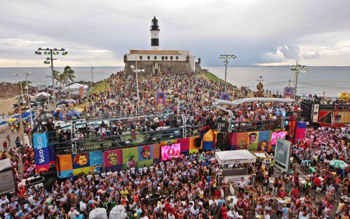 Cerca de 750 mil turistas visitaram a cidade, dos quais 100 mil eram estrangeiros