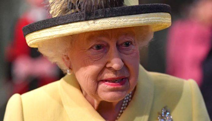 Rainha Elizabeth assinou lei