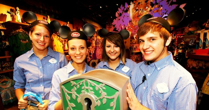Disney está oferecendo mais de 3.5 mil vagas