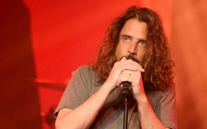 Chris Cornell se enforcou