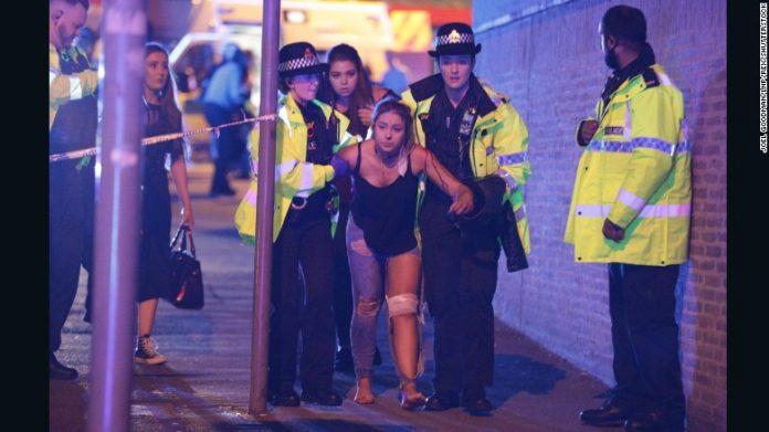Explosão matou 22 pessoas e feriu mais de 50