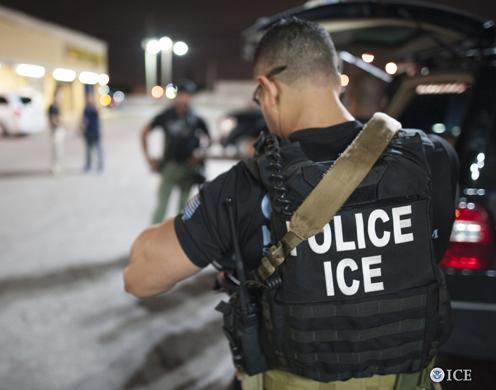 ICE prende imigrantes indocumentados na FL e Porto Rico