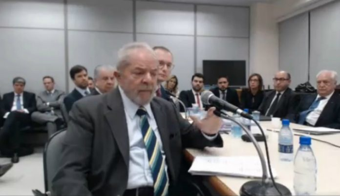 Lula depõe a Sérgio Moro
