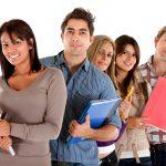 O estudante internacional interessado em estudar em faculdade e ou universidade nos Estados Unidos deve primeiro se informar sobre qual teste a instituição aceita e a pontuação exigida