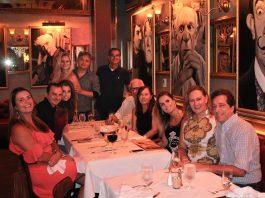 A equipe de profissionais do AcheiTV se reuniu para um jantar de confraternização no Paris 6 Bistrô, em Miami