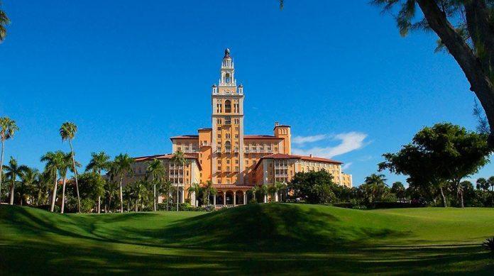The Biltmore Hotel é um dos três marcos nacionais do condado de Miami-Dade