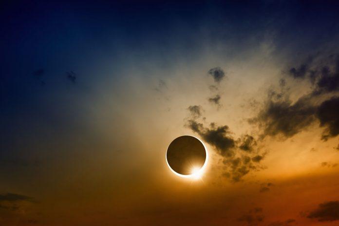 É grande a expectativa para o eclipse total do sol