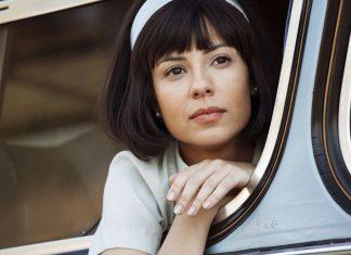 A atriz Andreia Horta vive Elis no cinema (Foto: André e Carioba)