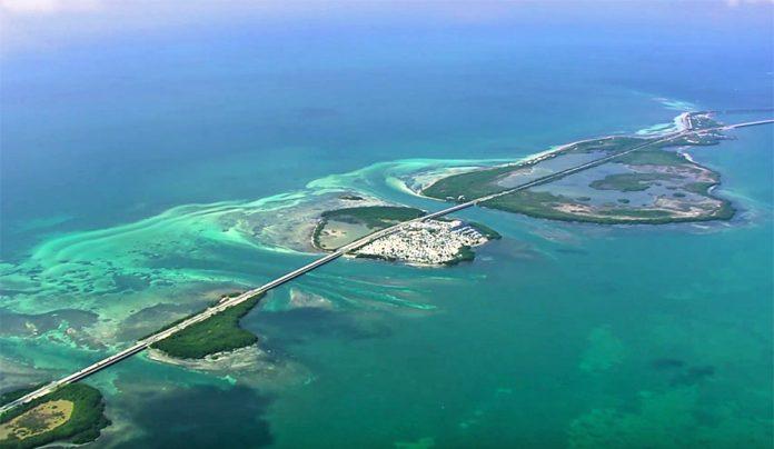Região de Florida Keys vista de cima (Florida Keys News Bureau)