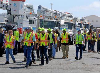 Equipes da FPL foram ajudadas por companhias de outros estados para restabelecer energia na Flórida depois do Irma