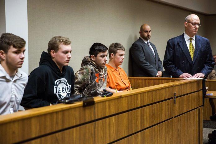 Adolescentes vão responder por crime de homicídio