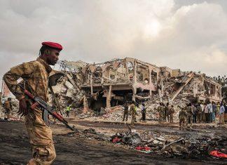 Ataques terroristas na Somália deixaram pelo menos 300 mortos