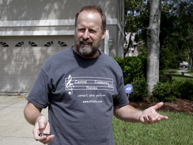 Erick Paddock, que vive em Orlando, disse estar perplexo com o ocorrido
