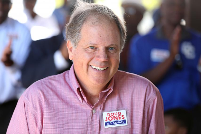 Roy Moore interpõe ação para bloquear resultado eleitoral no Alabama