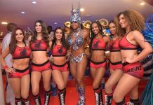Cheerleaders do Miami Heat com rainha da Portela