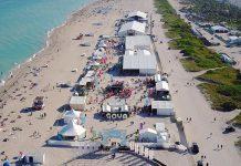 Tendas são montadas na praia de South Beach