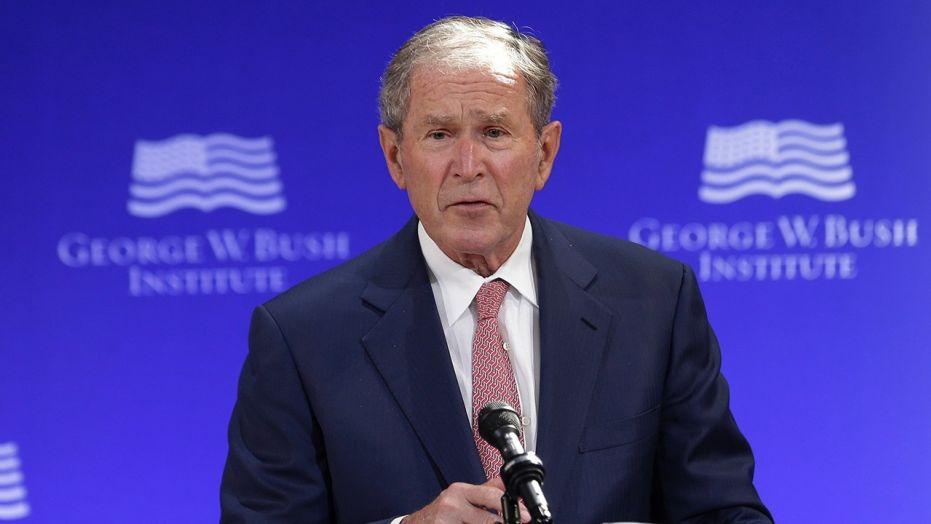 George W. Bush não tem dúvidas da interferência russa nas presidenciais