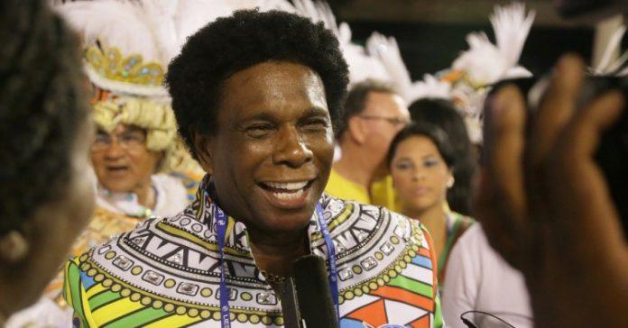 O sambista, cantor e compositor Neguinho da Beija-Flor, campeão do Carnaval carioca com sua escola de samba em 2018