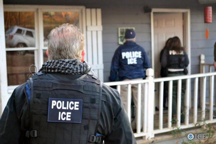 Operação do ICE prendeu 40 pessoas em NY