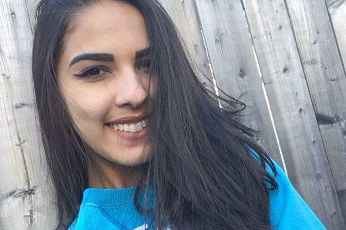 A jovem Elienai perdeu a vida em um grave acidente de moto