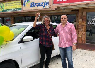 Maria Lucia Gomes foi a ganhadora do Nissan Versa