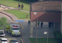 Santa Fe High School foi palco de tiroteio nesta sexta-feira 18