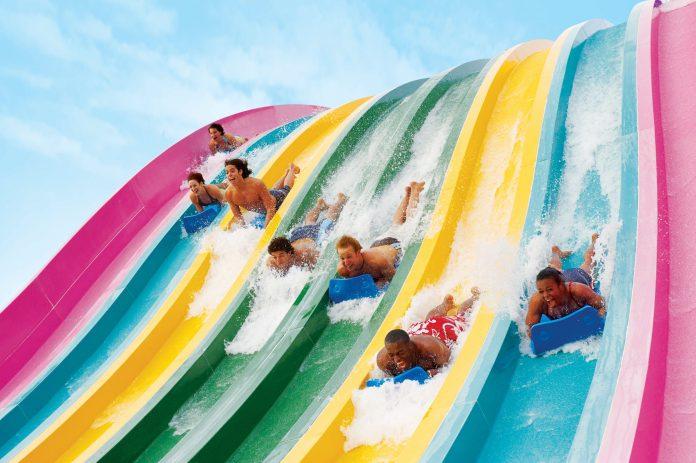 O parque Aquatica é uma das atrações para o verão