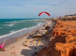 Praia Canoa Quebrada, no Ceará